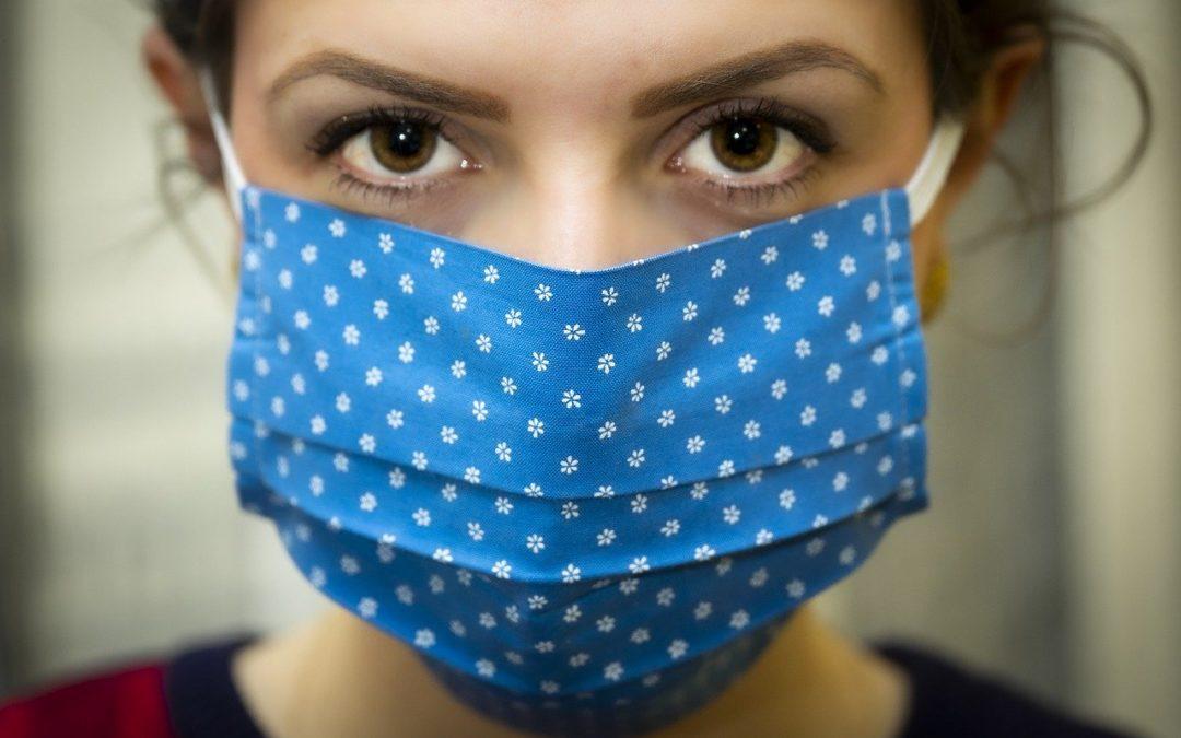 Opération masques avec le gang des couturières solidaires